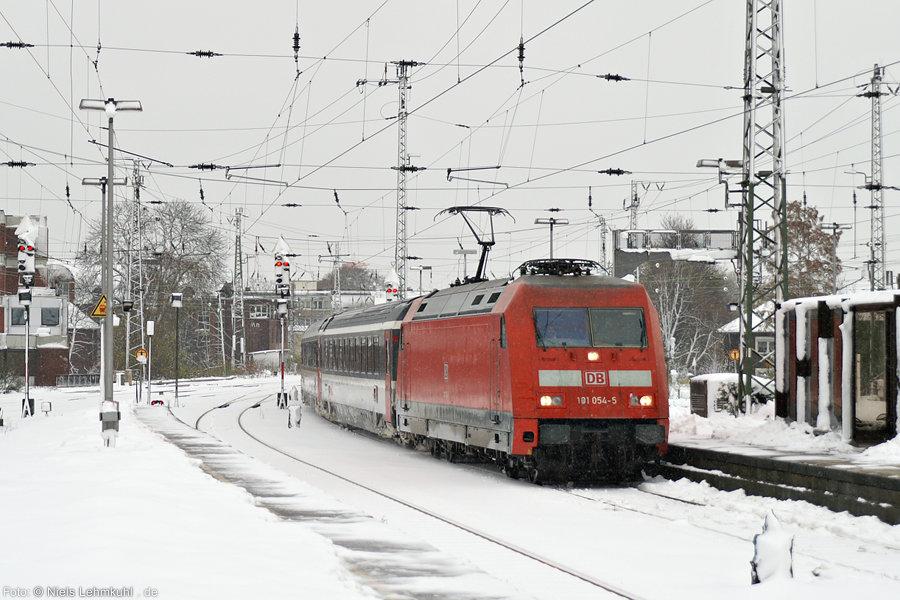 101 054 mit EC 101 in Münster