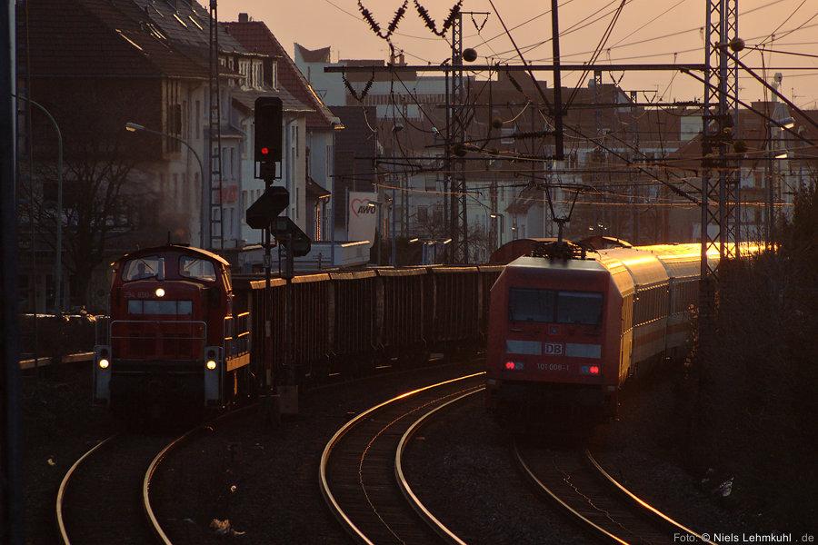 294 850 und 101 008 in Paderborn