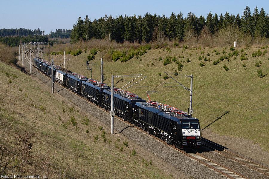 189 087 mit Lokzug bei Asseln