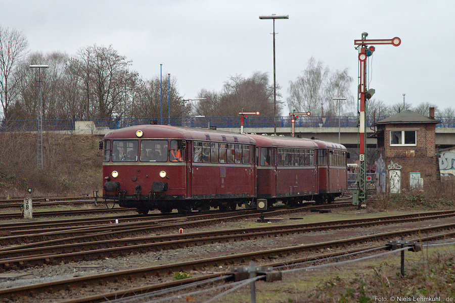 796 802 + 996 299 + 796 690 einfahrend in Paderborn Nord