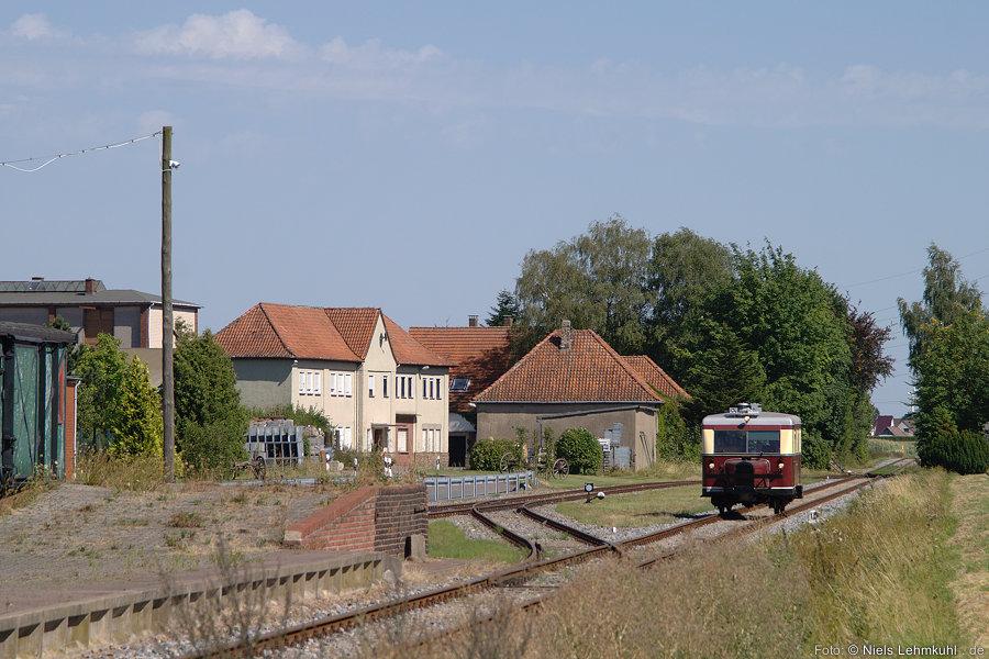 T1 der Museumseisenbahn Minden im Bahnhof Rabber (2012-08-19)