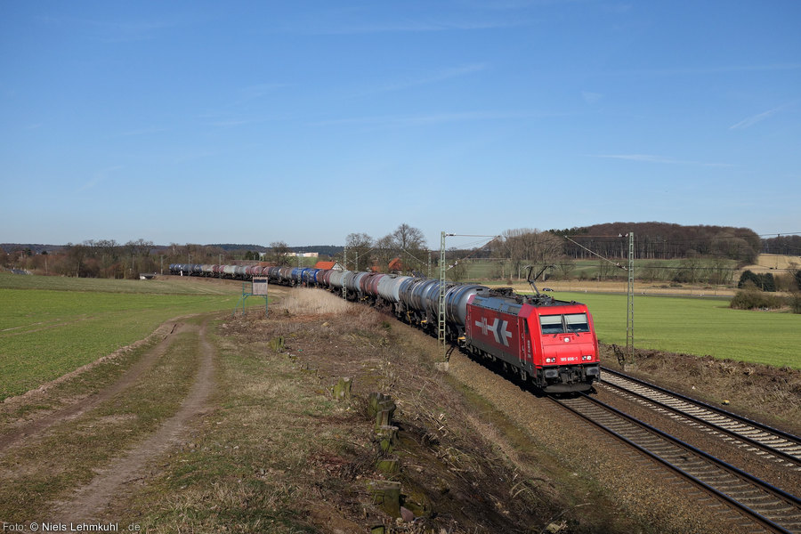 HGK 185 606 mit Kesselwagen bei Vehrte (2015-03-08)