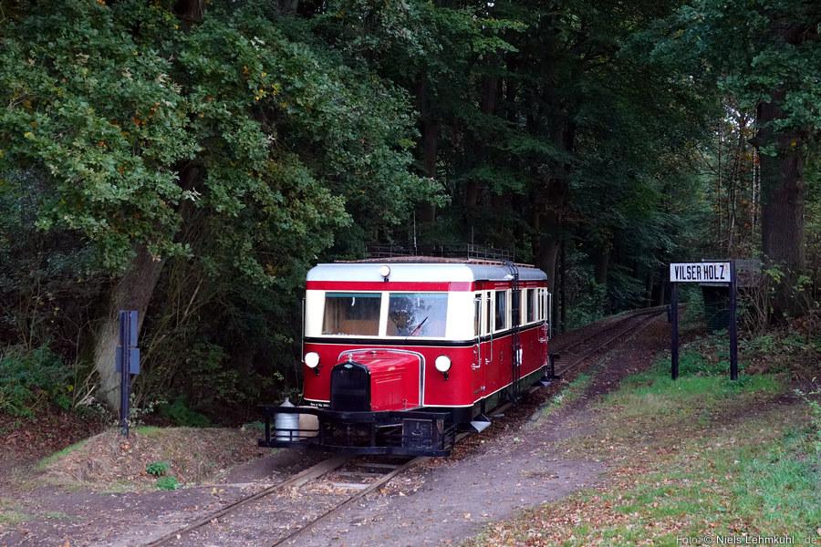 DEV T41 beim Fotohalt am Haltepunkt Vilser Holz. (2019-10-03)